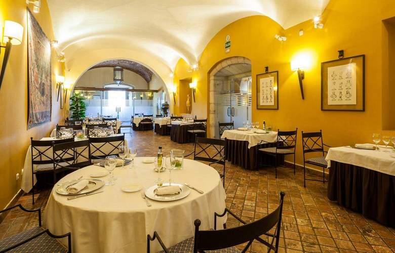 Ilunion Mérida Palace - Restaurant - 18
