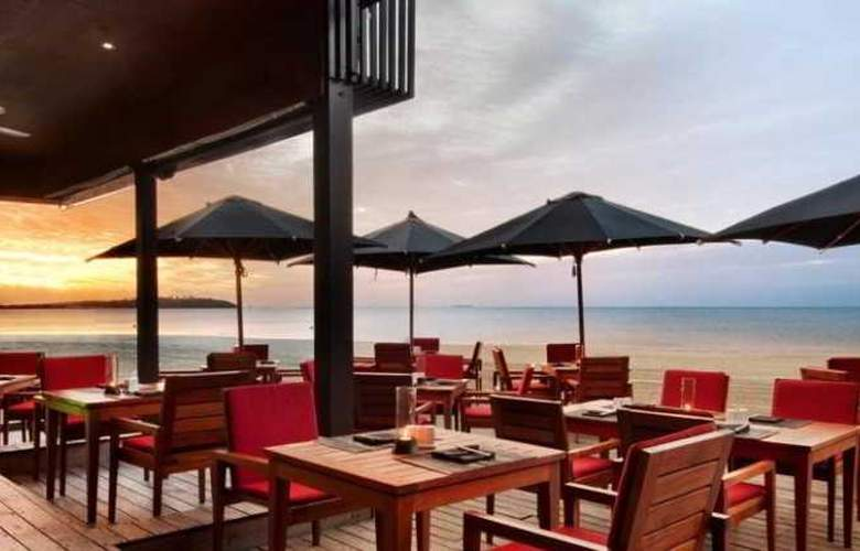 Fiji Beach Resort and Spa by Hilton - Restaurant - 17