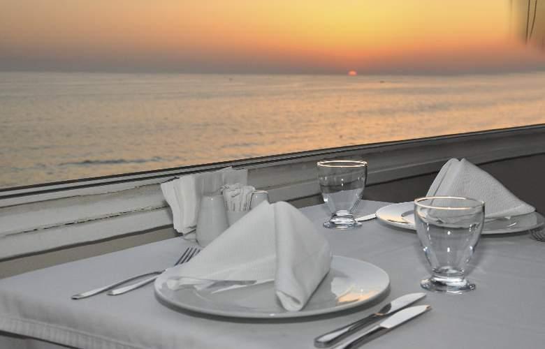 RONAX HOTEL - Restaurant - 4