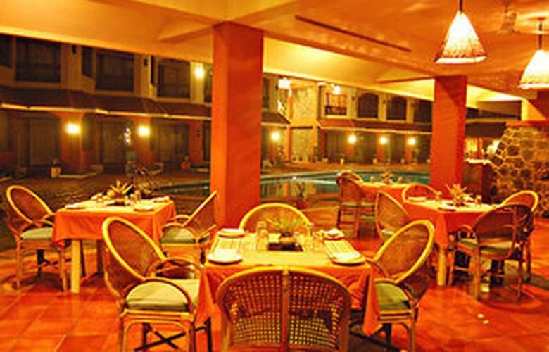 Uday Samudra Leisure Beach Hotel - Restaurant - 6