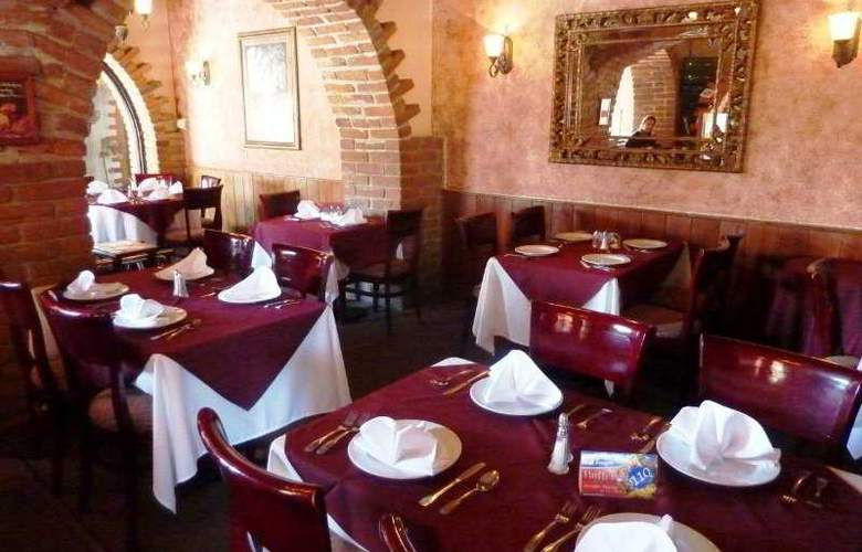 Best Western Hotel El Cid - Restaurant - 6
