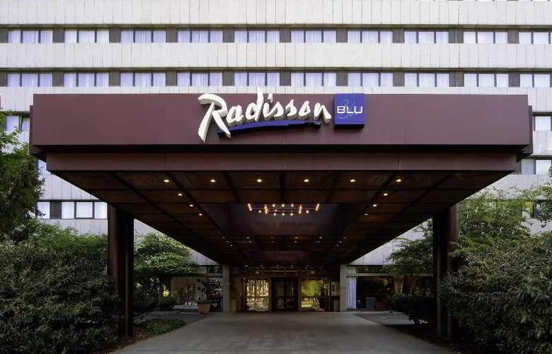Radisson Blu Scandinavia Hotel Düsseldorf - Hotel - 0