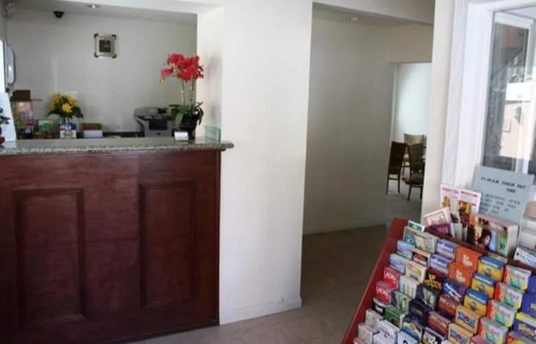 Americas Best Value Inn Los Angeles Downtown - General - 7