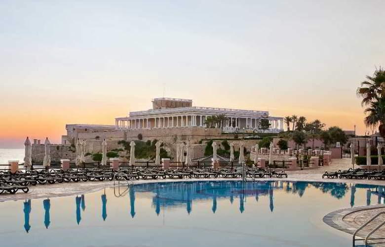The Westin Dragonara Resort - Pool - 3