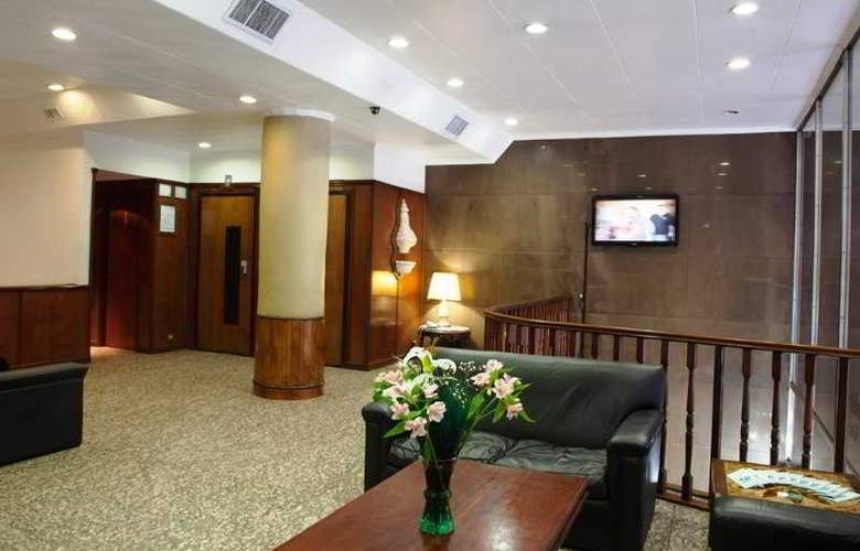 Esmeralda Palace - Hotel - 0