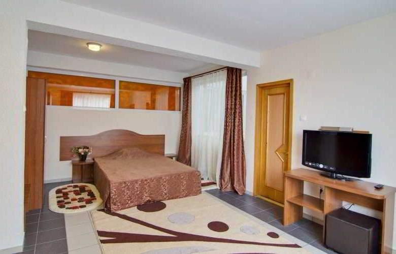 Tranzzit Hotel - Room - 9