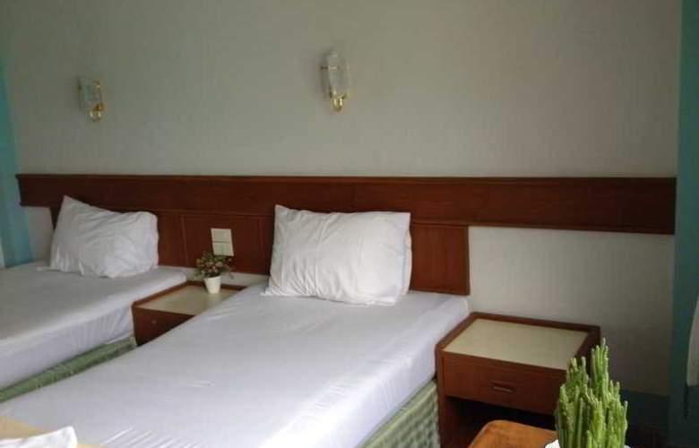 J Mansion - Room - 9