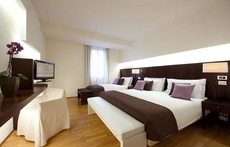 La Reggia Sporting Center Hotel - Hotel - 2