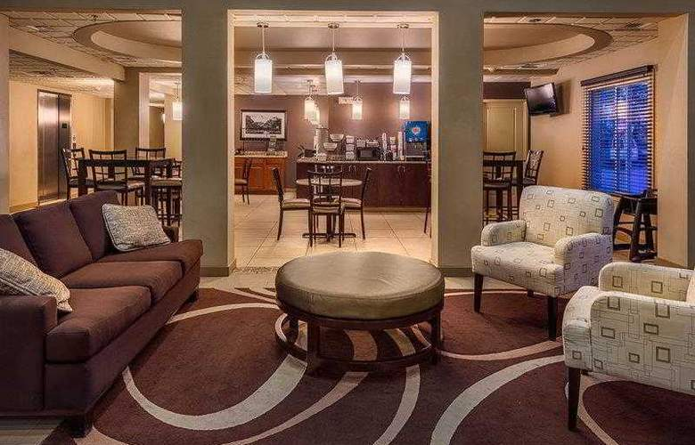 Best Western Plus Chena River Lodge - General - 2