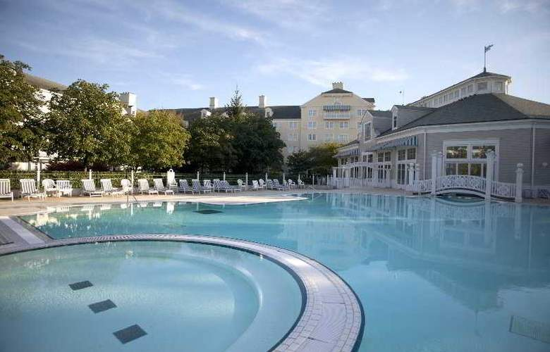 Disney's Newport Bay Club - Pool - 2