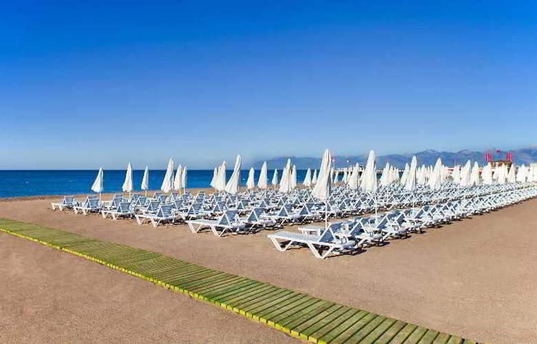 Grand Park Lara - Beach - 3