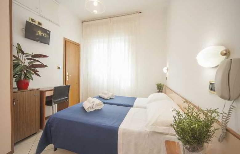 Manola - Room - 20