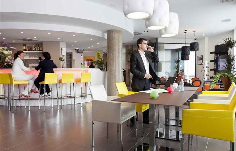 Novotel Suites Malaga Centro - Bar - 18