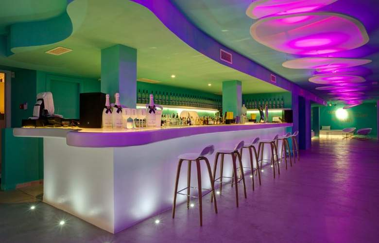 Santos Ibiza Coast Suites - Bar - 4