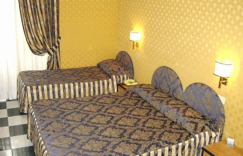 Mariano - Room - 6