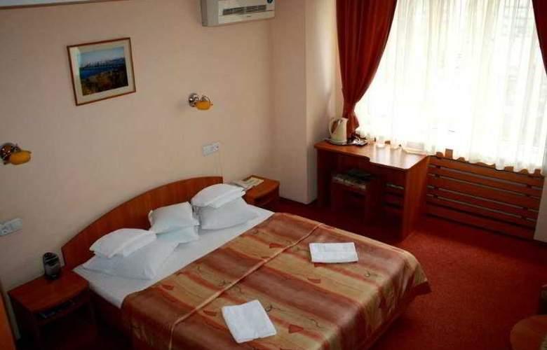 Druzhba - Room - 1