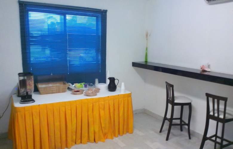 Beach House Imperial Laguna - Restaurant - 4