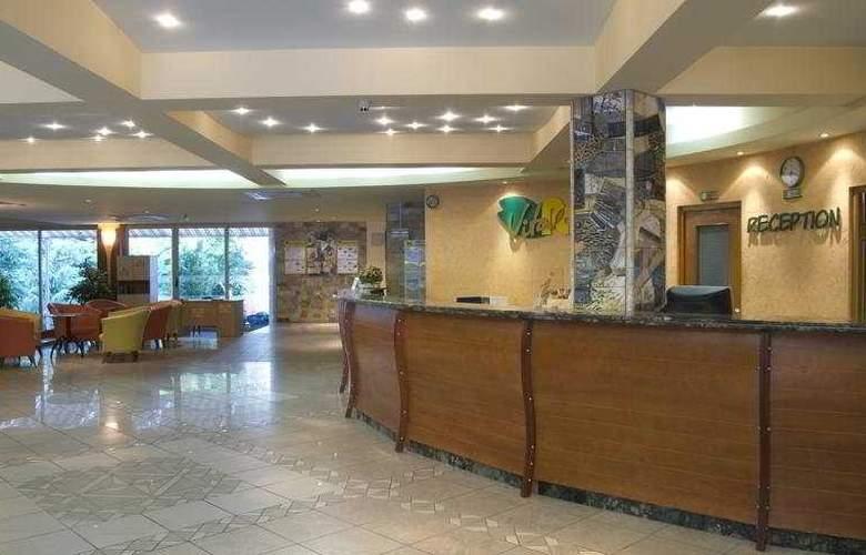 Vita Park - Hotel - 0