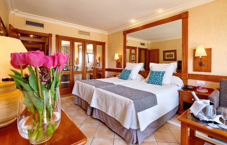 GF Gran Costa Adeje - Room - 13