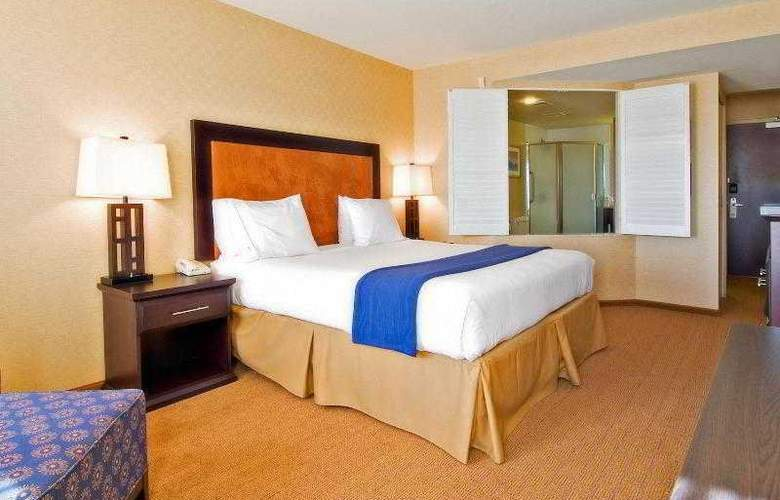 Holiday Inn Express & Suites Riverport - Room - 29