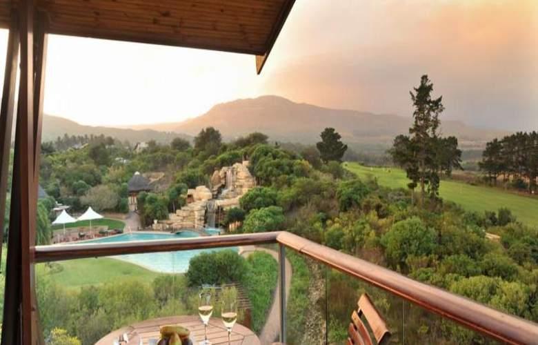 Arabella Western Cape Hotel & Spa - Terrace - 50