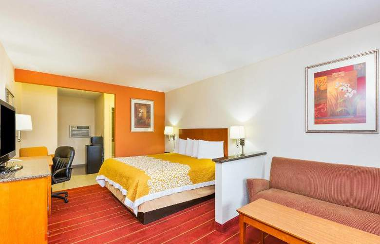 Days Inn & Suites - Room - 6