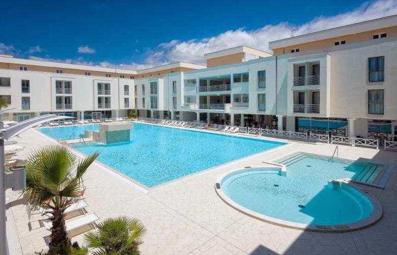 Grand Hotel Terme Marine Leopoldo II - Hotel - 0