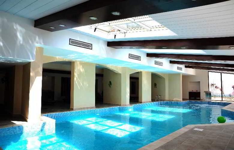 Marti Resort Hotel - Pool - 15