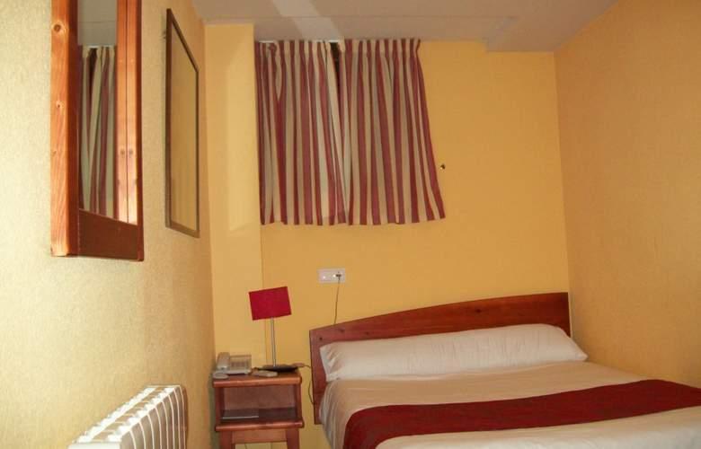 Pueta del Alcázar - Room - 4