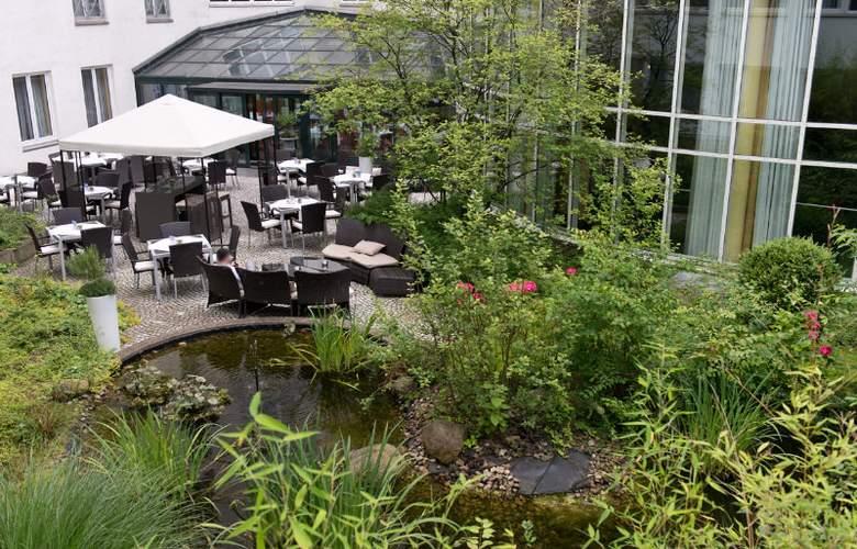 Windham Hannover Atrium - Terrace - 10