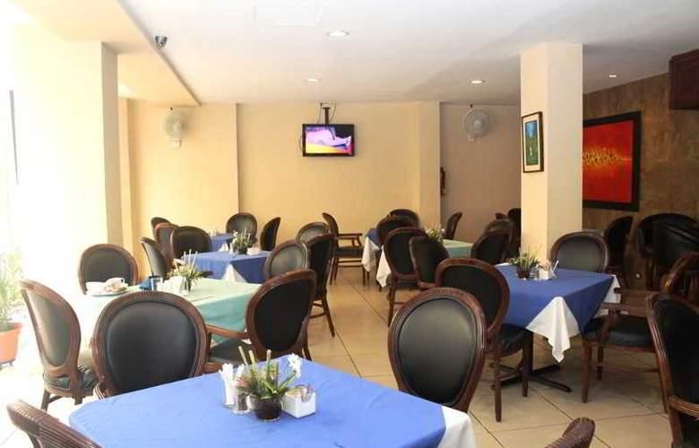 Hotel y Casino Siesta - Restaurant - 4