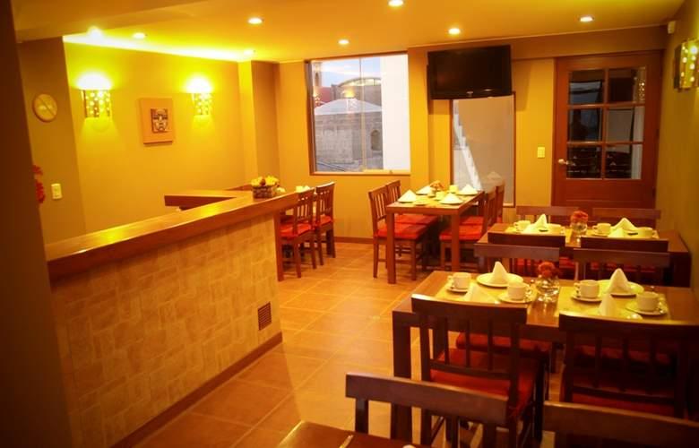 Los Tambos - Restaurant - 12