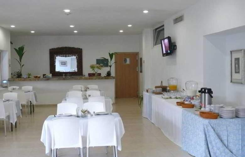 Comfort  Inn Puerto Vallarta - Restaurant - 9
