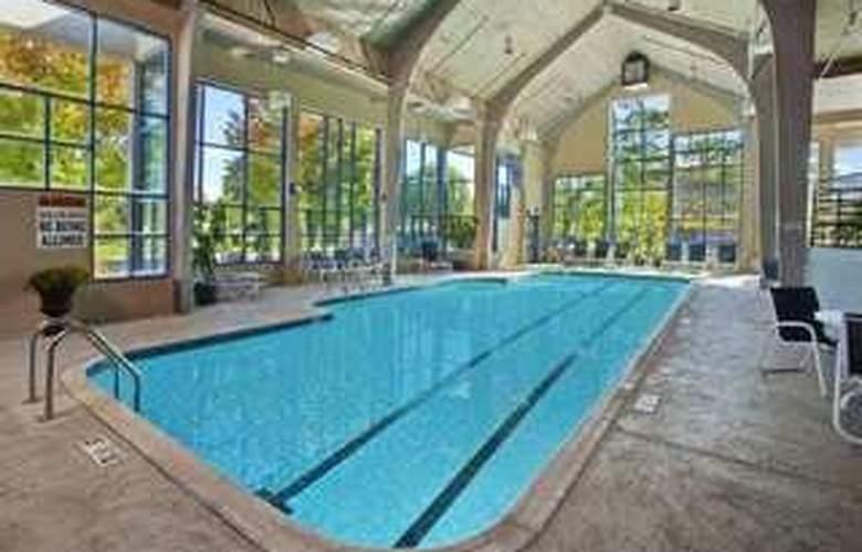 Hilton Toledo - Pool - 5