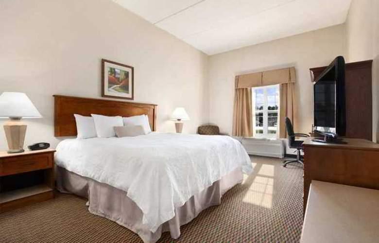 Hampton Inn & Suites Providence Warwick-Airport - Hotel - 2