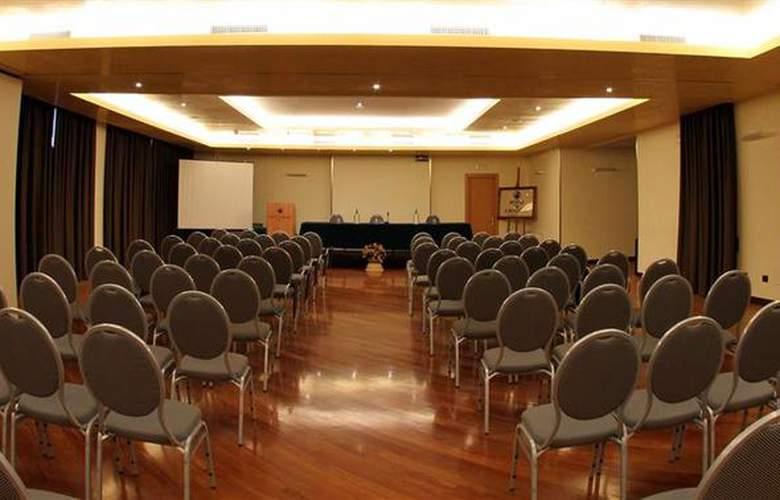 Best Western Hotel Dei Cavalieri - Conference - 21