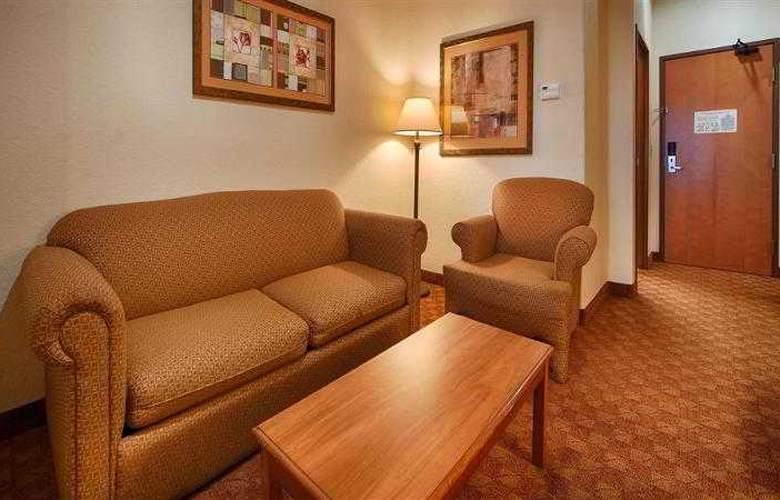 Best Western Plus San Antonio East Inn & Suites - Hotel - 67
