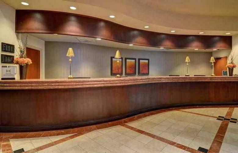 Embassy Suites Atlanta Buckhead - Hotel - 1