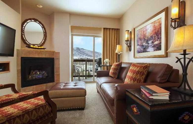 Sheraton Mountain Vista - Room - 17