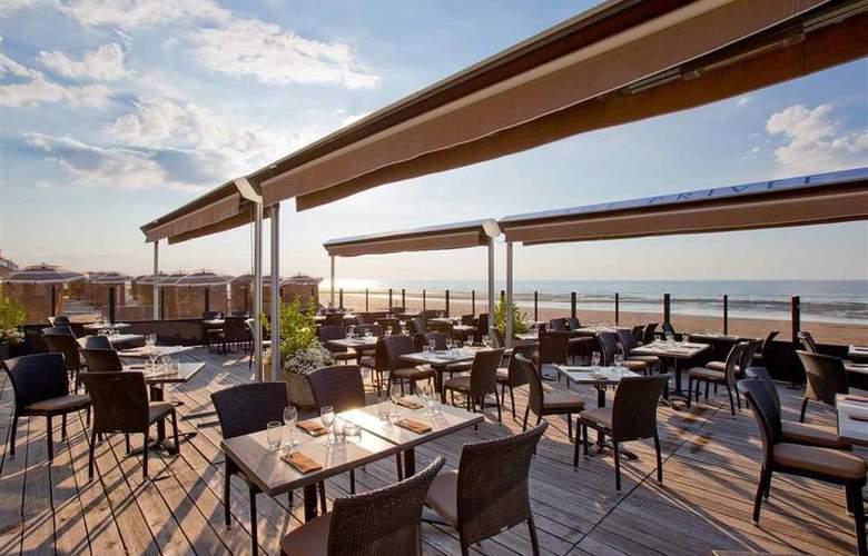 Le Grand Hôtel Cabourg - Restaurant - 72