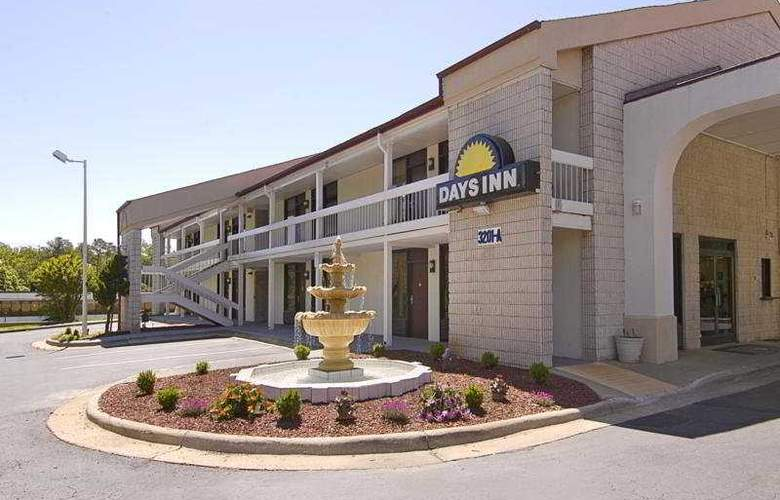Days Inn Raleigh (Raleigh/North) - General - 1