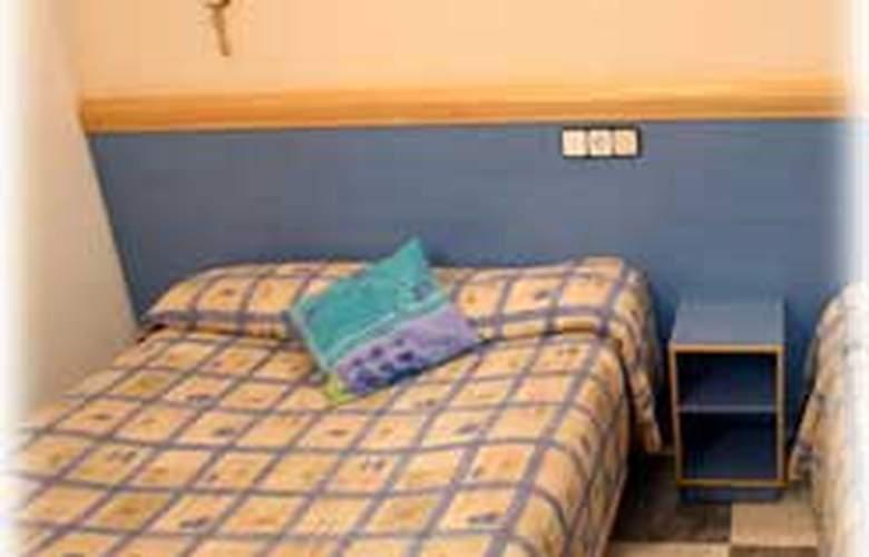 Pensión Miami - Room - 4