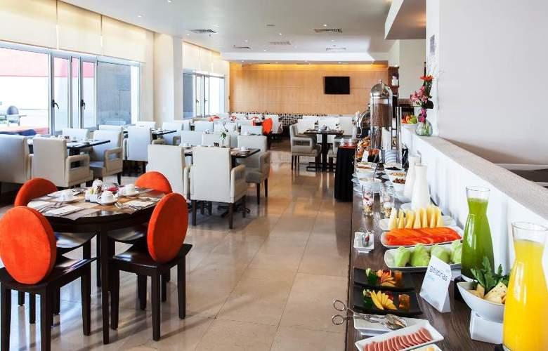 NH Queretaro - Restaurant - 26
