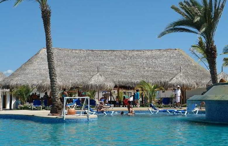 Punta Blanca - Pool - 4