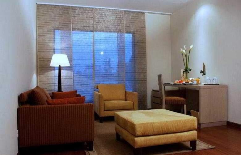 Cosmos 100 Hotel y Centro de Convenciones - Room - 4