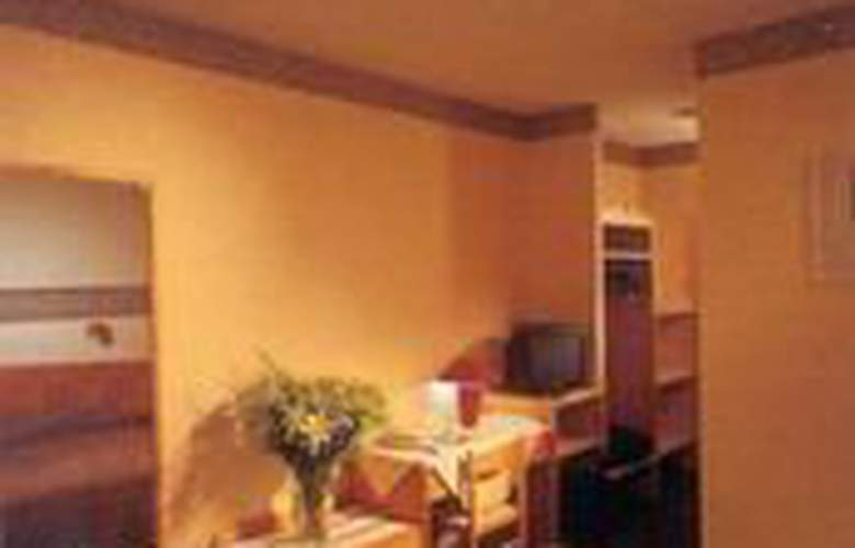 AC Wavre Nord-Brussels Est - Room - 2