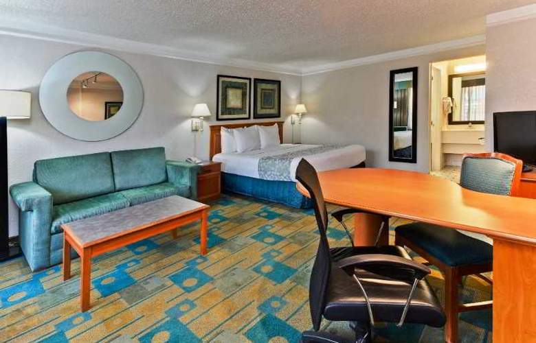 La Quinta Inn - Room - 11