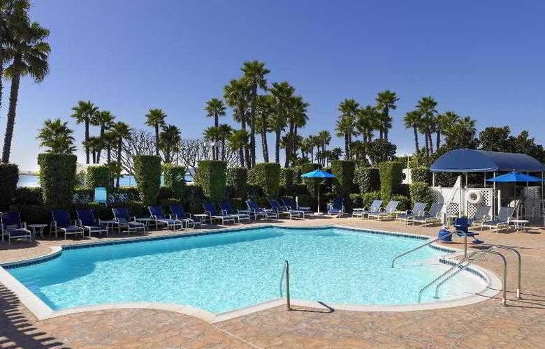 Sheraton San Diego Hotel & Marina - Pool - 43