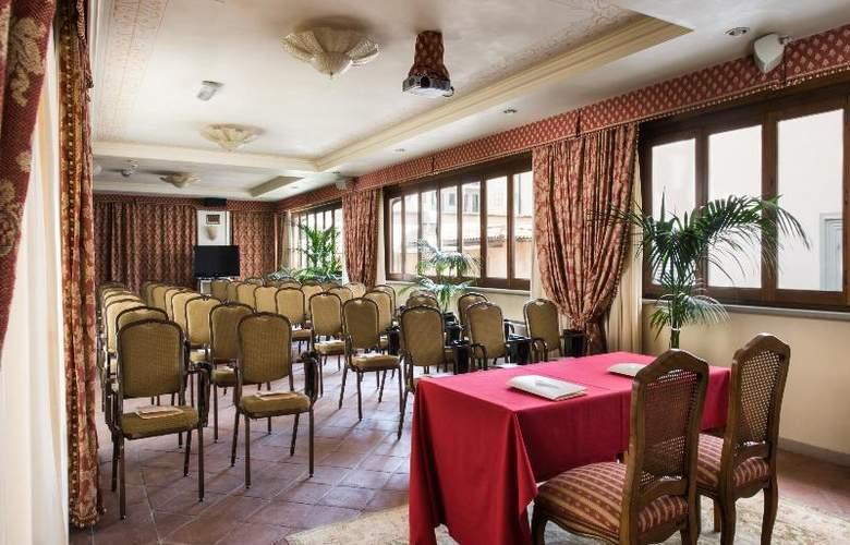Adler Cavalieri - Conference - 23