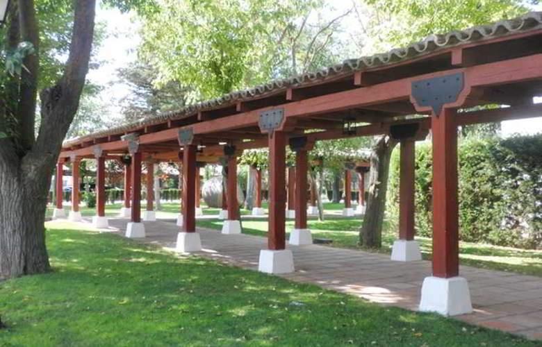 Parador de Manzanares - Hotel - 6